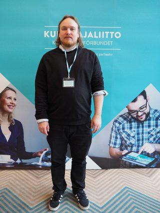 Finlandssvenska Konsumenter rf:n puheenjohtaja Kenneth Liukkonen